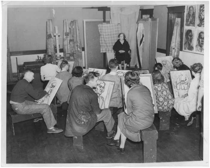 Students in drawing class at the St. Paul School of Art Photo Two