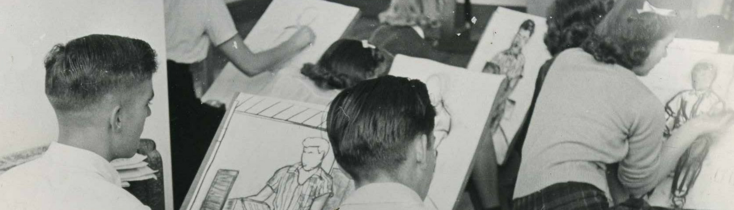 Drawing students at the St. Paul School of Art from 1940